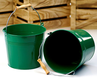 8 1/2in. Green Pail Wooden Handle