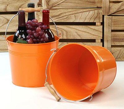 8 1/2in. Orange Pail Wooden Handle