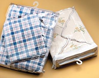 Medium Vinyl Hanger Bags w/ White Zipper